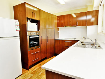 9. Sandcastles-Currumbin-Full Kitchens in all Apartments